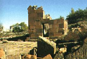 Chapels of Avan (ruined)