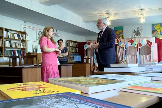 Music school and libraries of Stepanakert were granted about 1600 volumes of books and school literature