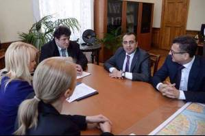 Process of implementation of cooperation programs between administrative districts of Yerevan and Saint Petersburg has been discussed