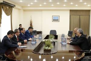 "Mayor Taron Margaryan meets with the Manager General of ""Coca-Cola Hellenic Bottling Company Armenia"""