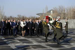 President of Bulgaria renders the memory tribute to the victims of Armenian Genocide