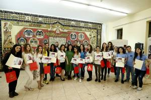 """I am the guide of my city"": young volunteers get certificates"