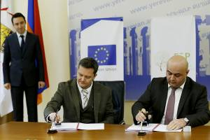 60% energy saving in 28 streets: contract on LED lighting system supply and installation has been signed
