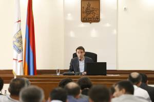 Yervand Manaryan and Mikhail Piotrovsky are awarded with Honorary Citizen of Yerevan title