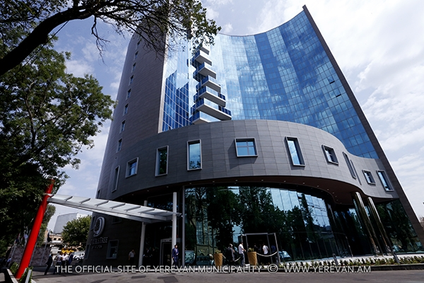Double tree by hilton hotel has opened in the for Design hotel yerevan