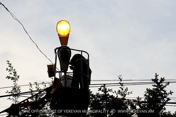 Նախորդ շաբաթ Երևանի արտաքին լուսավորության ցանցին են միացվել ևս 2 փողոց և 4 բակային տարածք