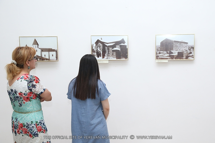 Բացվել է «Երևանյան էտյուդներ» խորագրով լուսանկարների ցուցահանդեսը