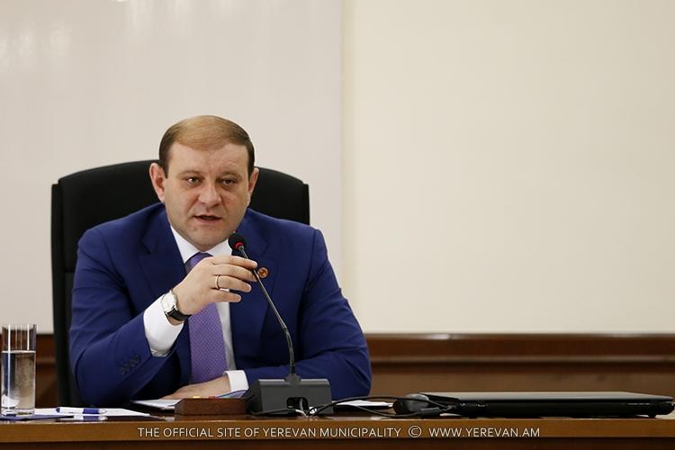 Тарон Маргарян: Мы не спешим в вопросе переименования улиц Еревана, тем более улицы Ленинградян