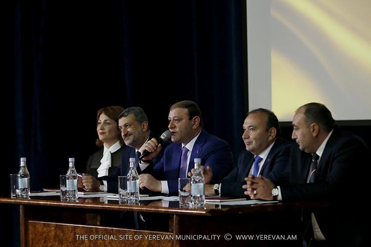 Тарон Маргарян: Понятие «хорошая школа» не должно быть обусловлено только наличием множества учеников