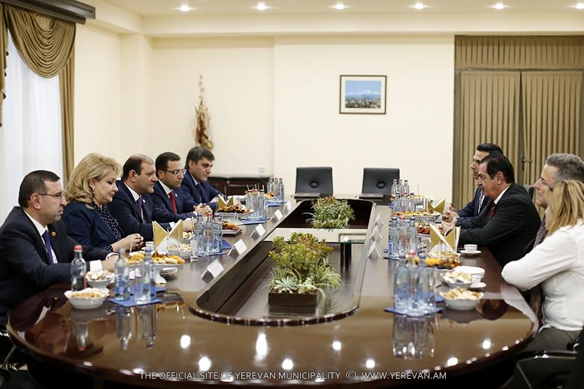 Мэр Глендейла: Вскоре отношения с Ереваном станут более тесными и деловыми