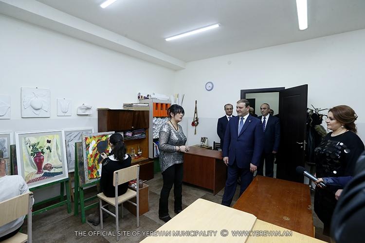 Завершился капитальный ремонт в школе искусств им. А. Габриеляна в Ереване