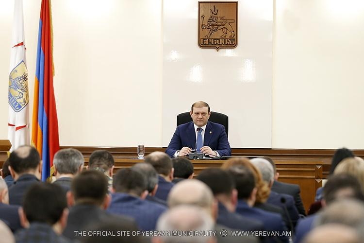 Мэрия Еревана планирует ограничить деятельность СМИ на своей территории