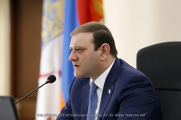 Мэр Еревана: Все родители, желающие посетить сыновей-военнослужащих, должны быть включены в программу