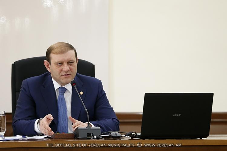 Тарон Маргарян поручил создать пункты информационной поддержки для туристов