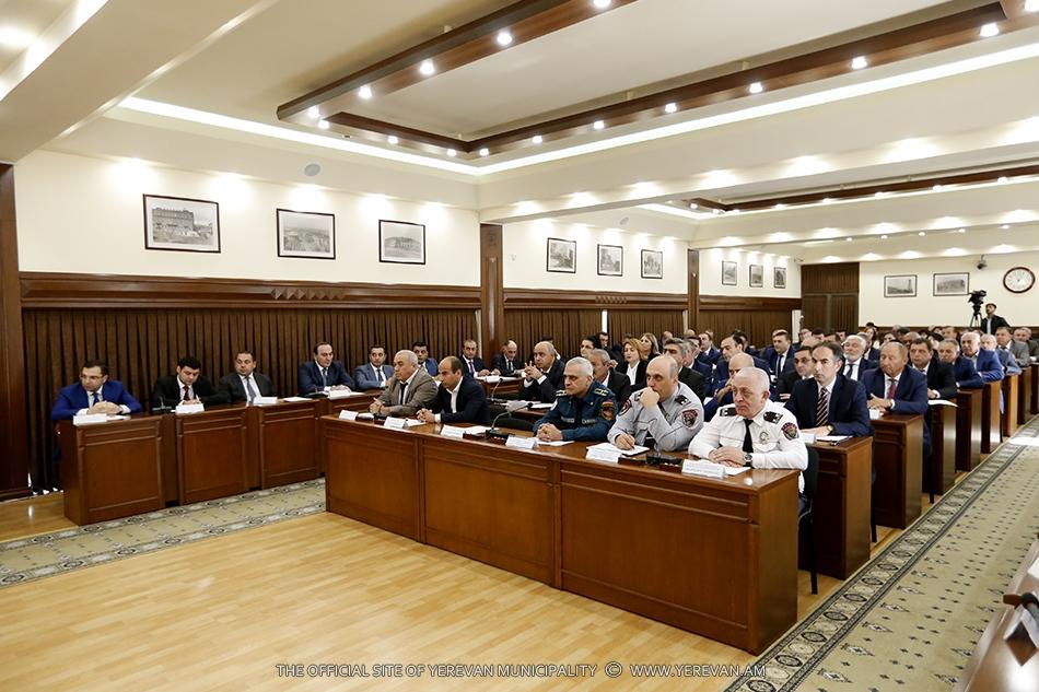Известны руководители фракций Совета старейшин Еревана