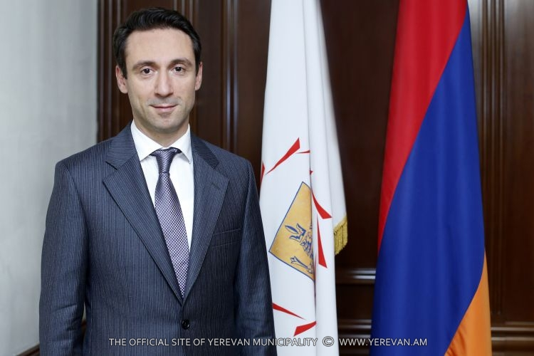 Мэр Еревана сообщил о намечающихся кадровых изменениях