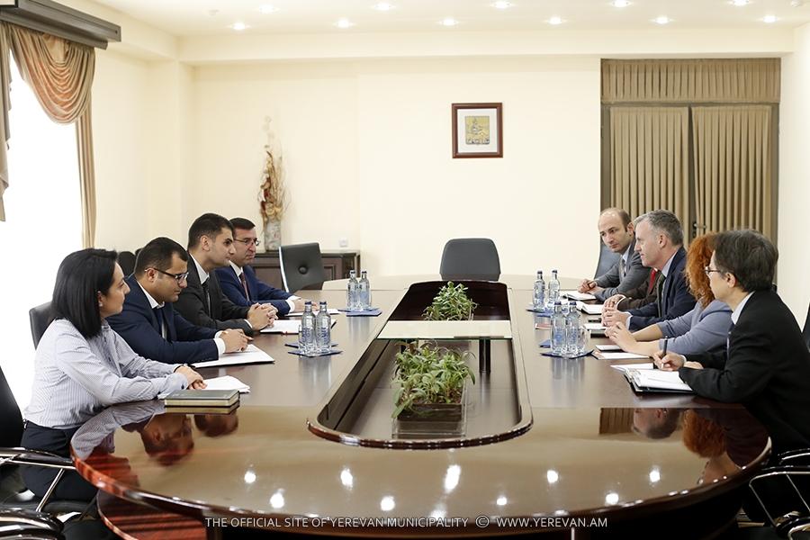 Мэрия Еревана и Азиатский банк развития продолжают сотрудничество по развитию транспорта