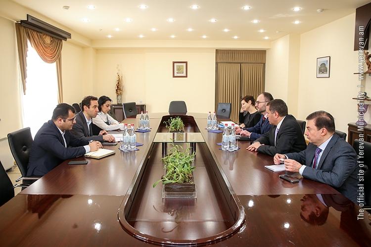 Мэрия Еревана и Европейский инвестиционный банк расширяют направления сотрудничества