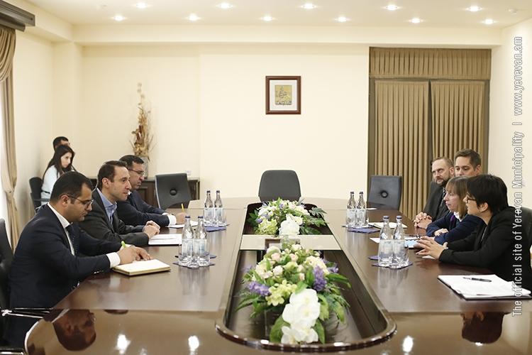 Мэр Еревана встретился с послом США в Армении