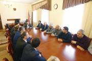 Hayk Marutyan introduces new heads of Nor Nork and Ajapnyak administrative districts